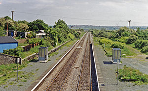 Bynea station geograph-3271994-by-Ben-Brooksbank.jpg