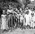 COLLECTIE TROPENMUSEUM Een groep Javaanse kinderen TMnr 10005223.jpg