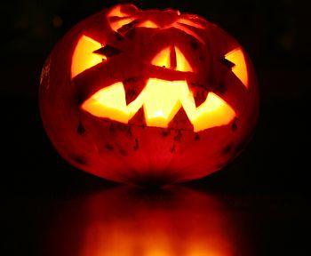 English: A frightful Halloween pumpkin Español...