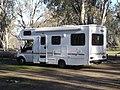 Camping-car australien de type capucine.JPG