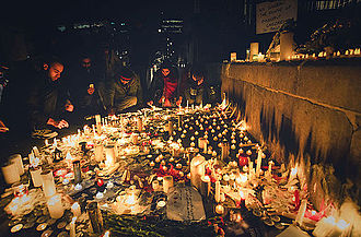 2014 Peshawar school massacre - Candlelight vigil in London, UK for the victims of the terrorist attack
