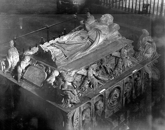 Cardinal cisneros' tomb