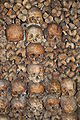 Catacombs of Paris 07.jpg