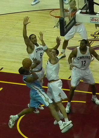 Joey Graham - Image: Cavs Defense