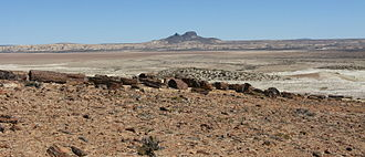 Patagonian Desert - Image: Cerros Madre e Hija