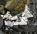 Chalcopyrite-Galena-Sphalerite-jmix08-06d.jpg