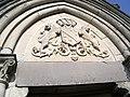 Chapelle familiale, cimetière d'Ochancourt (Somme), Armes d'Anvin de Hardenthun.jpg