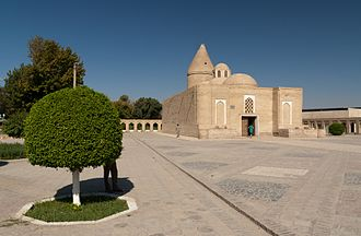 Chashma-Ayub Mausoleum - Chashma-Ayub Mausoleum