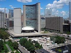 Rathaus, Toronto, Ontario.jpg