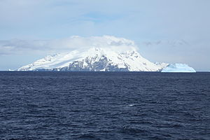 Clarence Island (South Shetland Islands) - Clarence Island seen from north, with Cape Lloyd and Jubilee Peak in the foreground.