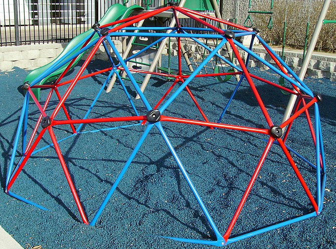 Dome climber, playground equipment, Lifetime P...