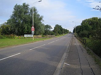 Colney Street - Colney Street:- Watling Street  now the A5183 Radlett Road, but which used to be the A5 Watling Street. View  at the southern approach to Colney Street. at  Colneystreet Bridge which carries the road over the River Colne.