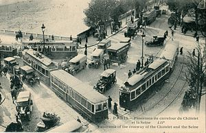 Tramways in Île-de-France - Trams of the former network, seen near the Pont au Change in central Paris