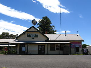 Cressy, Victoria - The historic Frenchman's Inn (now closed)