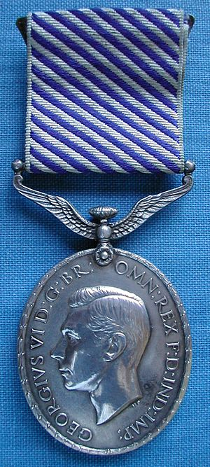 Distinguished Flying Medal - Distinguished Flying Medal, George VI version