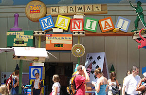 English: Entrance of Toy Story Midway Mania in...