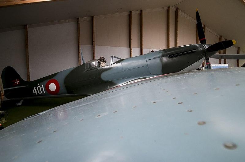 File:Danmarks Flymuseum, Stauning - Spitfire (27821082206).jpg