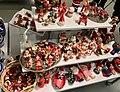 Decorative Santa nisse tomte figurines etc. (nissefigurer) Fretex (charity thrift shop) Lars Hilles gate, Bergen, Norway, 2017-11-01 b.jpg