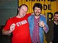 Diego Medina e Gruff Rhys.jpg