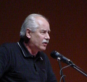 Heinz Dieterich - Heinz Dieterich lectures about 21st Century Socialism at the WFDY, Caracas, 2005
