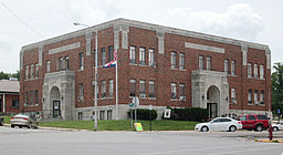 Douglas County Court House - Ava, MO.jpg