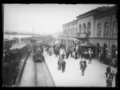 Drammen station boarding, before second floor expansion , between 1899 and 1920.png