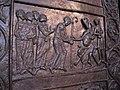 Drzwi gnieznienskie Otto wrecza pastoral Wojciechowi.jpg