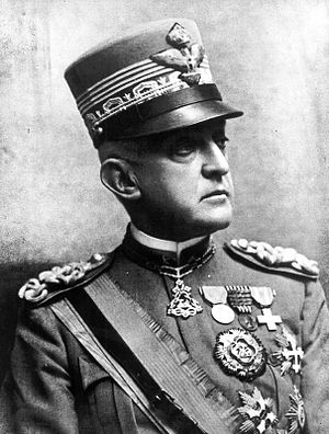 Prince Emanuele Filiberto, Duke of Aosta - Emanuele Filiberto, as Army commander