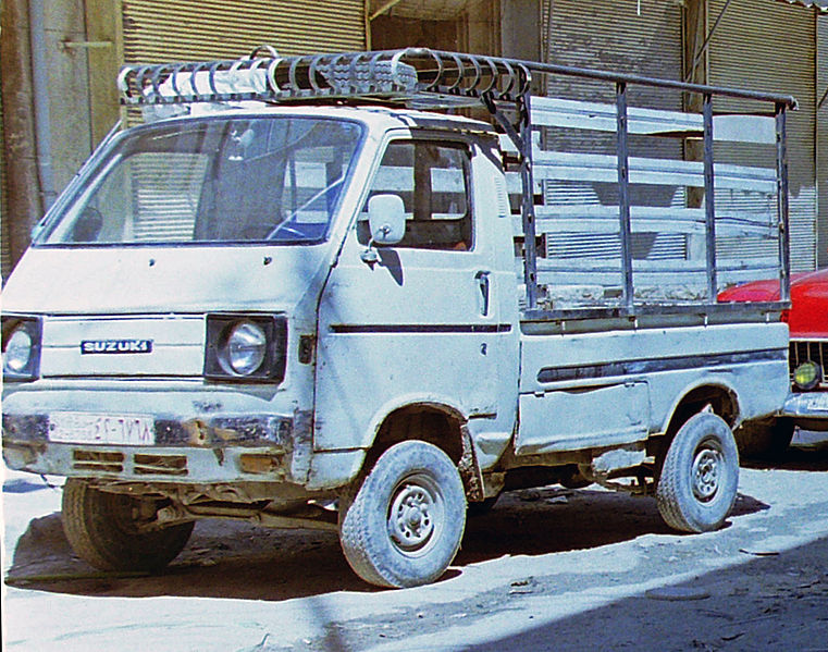 File:Early Suzuki Carry ST20 truck in Aleppo (Spielvogel).jpg