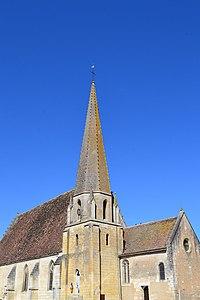 Eglise Saint-Lubin de Mazangé.jpg