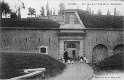 Entrée Fort de la Duchère.jpg
