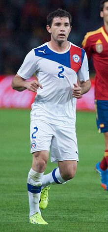 Eugenio Mena - Spain vs. Chile, 10th September 2013.jpg