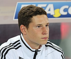 FIFA WC-qualification 2014 - Austria vs. Germany 2012-09-11 - Julian Draxler 01.JPG