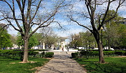 Vista norte do parque de Dupont Circle