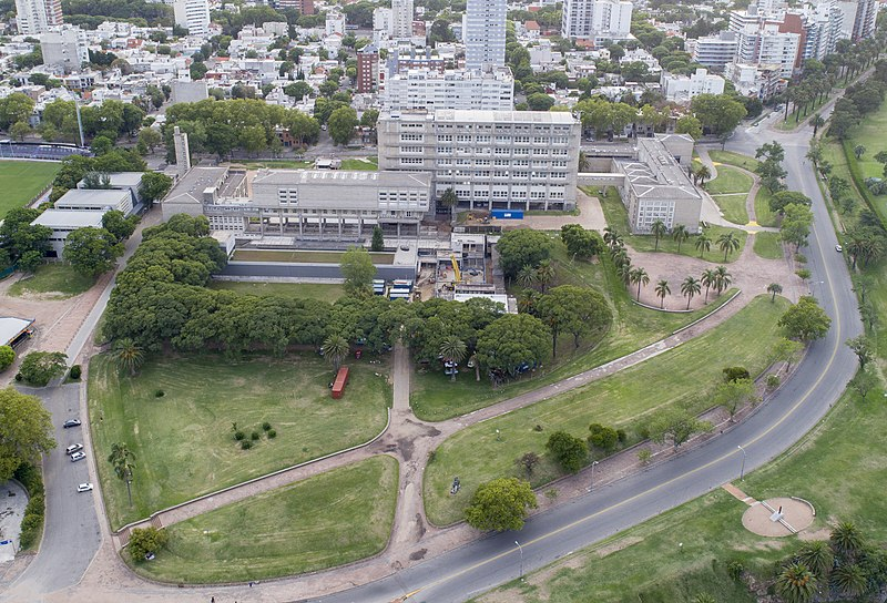 Diploma brasileiro vale no Uruguai?