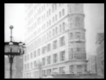 ไฟล์:Flatiron Building and Street Scene October 8th 1902 New York City.ogv
