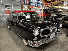 Flickr - DVS1mn - 53 Nash Ambassador Custom.jpg