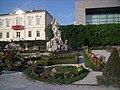 Flowers in Schloss Mirabell.jpg