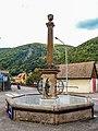 Fontaine sur la place de l'église.de Sewen.jpg