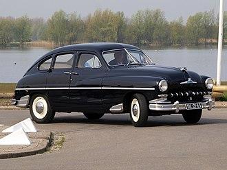 PSA Poissy Plant - Ford Vedette (1952)