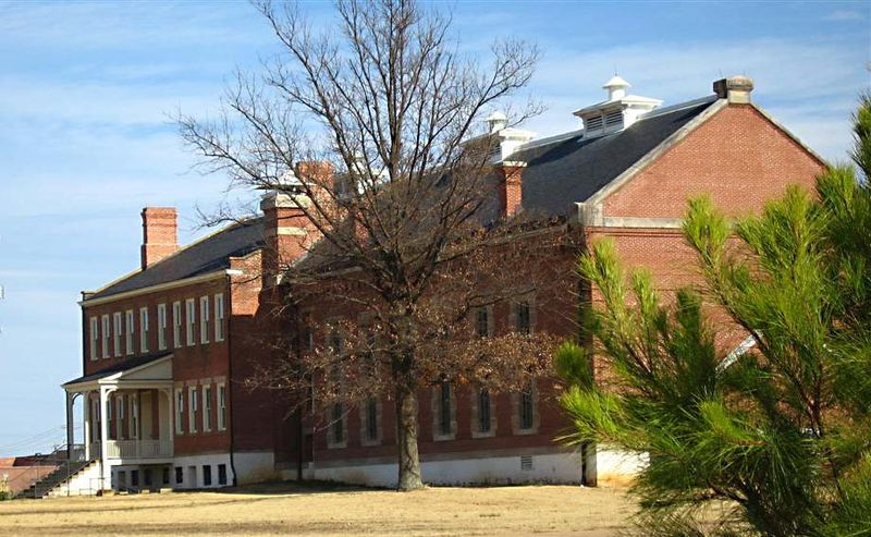 File:Fort Smith Court House Natl Historic Site.jpg