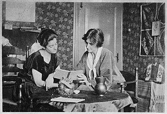 Henriëtte Bosmans - Frieda Belinfante and Henriëtte Bosmans