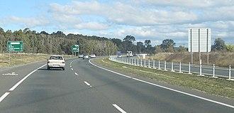 Gungahlin Drive Extension - Gungahlin Drive heading southbound, just after Ellenborough Street overpass
