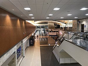 Greenville–Spartanburg International Airport - View from Concourse B overlooking central area post security