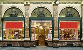 Originele Neuhaus boutique uit 1857 in Galerie de la Reine, Brussel