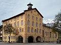 Garmisch-Partenkirchen, Rathaus von Osten, 2.jpeg