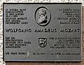 Gedenktafel Kleine Lauben 2a (Brixen) Wolfgang Amadeus Mozart.jpg