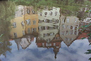 Neckar - Water reflection of houses in Tübingen reflected in the Neckar