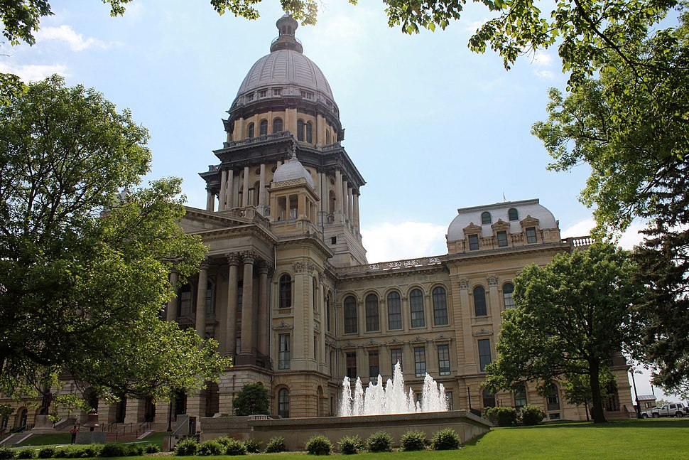 Gfp-illinois-springfield-capitol-and-sky