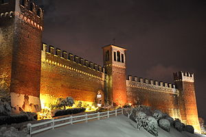 Gradara Castle - Image: Gradara innevata 2